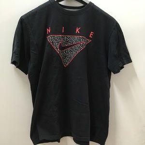 Vintage Black Nike T-shirt